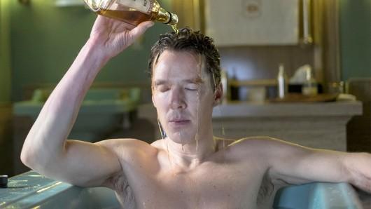 Lieber Bourbon statt Shampoo: Benedict Cumberbatch als Patrick Melrose.