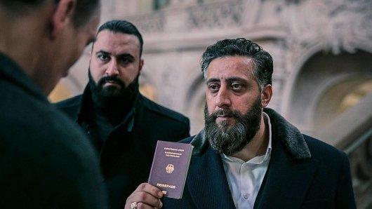 Kida Khodr Ramadan in der zweiten Staffel 4 Blocks. Er befindet sich auch in der dritten Staffel im Zentrum des Geschehens.