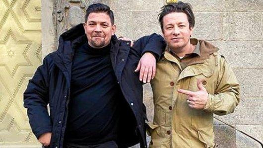 Tim Mälzer und Jamie Oliver haben sich in Berlin getroffen.