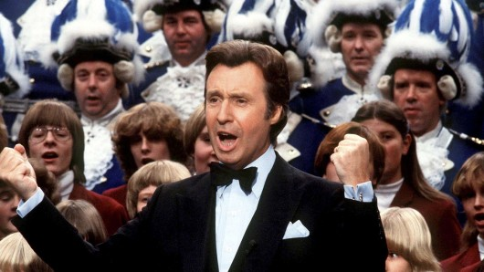 Peter Alexander gehörte zu den letzten großen Entertainern des Fernsehens.
