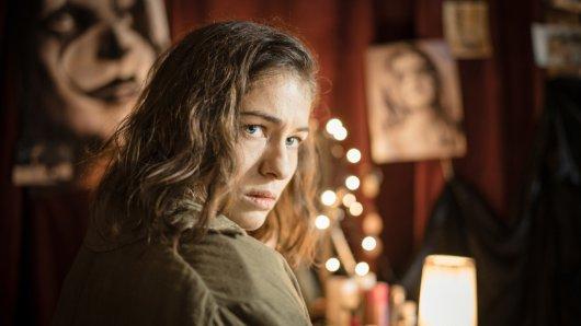 Isa von Gems (Henriette Confurius) muss sich den Dämonen ihrer Vergangenheit stellen.