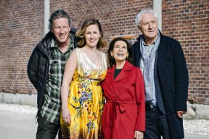 Regisseur Richard Huber und die Hauptdarsteller Marlene Morreis (Rolle: Nina Just), Hannelore Elsner (Rolle: Rose Just) und Günther Maria Halmer (Rolle: Werner Wittich).