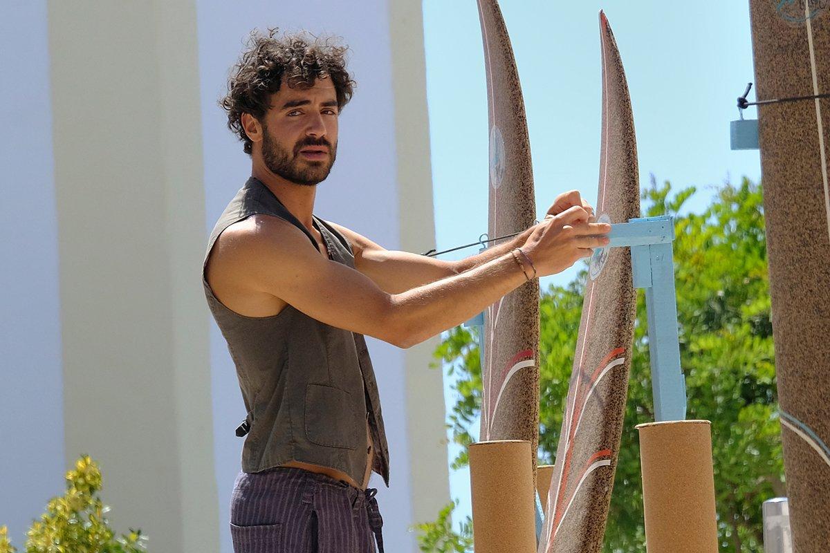 Giovanni Funiati in seiner ersten Hauptrolle im ZDF-Film Ein Sommer an der Algarve