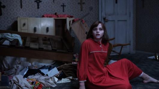 Janet Hodgson (Madison Wolfe) wird zum Spielball des Dämonen.  © Warner Bros. Entertainment