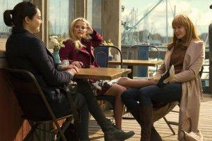 """Der mütterliche Freundeskreis in """"Big Little Lies"""": Jane Chapman (Shailene Woodley, l.) Madeline Mackenzie (Reese Witherspoon) und Celeste Wright (Nicole Kidman)"""