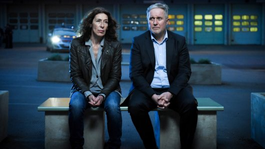Bibi Fellner (Adele Neuhauser) und ihr Kollege Moritz Eisner (Harald Krassnitzer) im Tatort: Wehrlos. Foto: © ARD Degeto/ORF/Hubert Mican