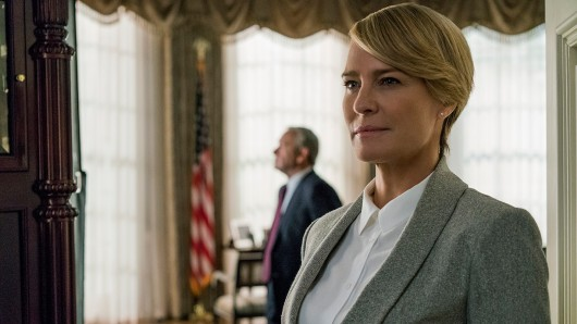Claire Underwood (Robin Wright) steht in Staffel sechs in Mittelpunkt