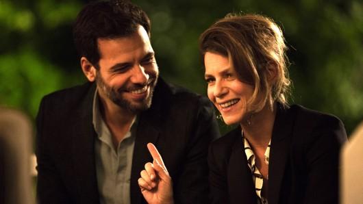 Bald haben Florence (Marina Foïs) und Vincent (Laurent Lafitte) nichts mehr zu lachen, denn sie steigern sich in einen seltsamen Sorgerechts-Streit.