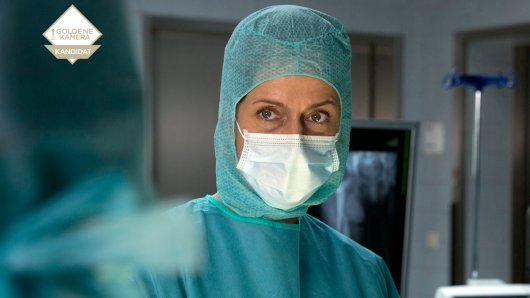 Chirurgin Dr. Anna Hellberg (Claudia Michelsen).