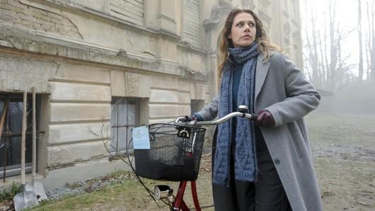 Felicitas Woll ermittelt als mutige Journalistin Doro Kagel.