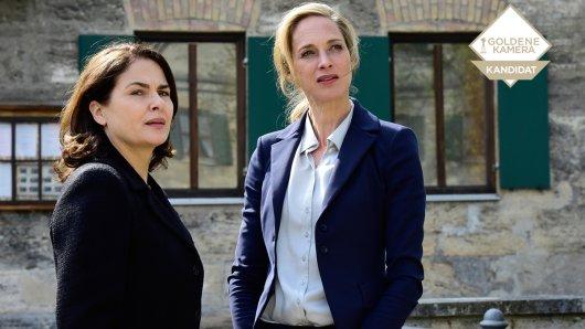Brandnächte mit Julia Gerber (Sophie von Kessel, r.) und Lisa Poldack (Barbara Auer, l.).
