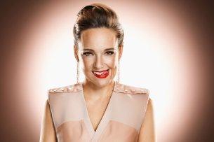 Carolin Kebekus widmet sich in ihrer Show schonungslos und trotzdem charmant den aktuellsten Ereignissen.