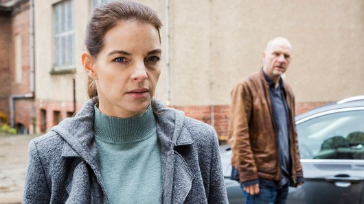 Viola Delbrück (Yvonne Catterfeld) und Burkhard Butsch Schulz (Götz Schubert) ermitteln wieder in Wolfsland.