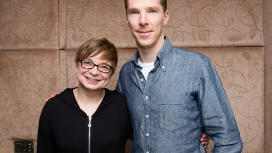 Benedict Cumberbatch (41) mit GOLDENE KAMERA-Redakteurin Anke Hofmann.