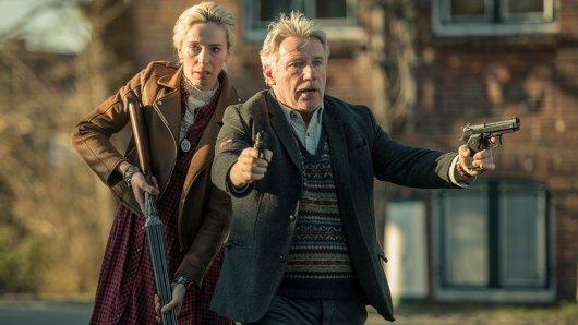 Olaf Gabriel (Jörg Schüttauf) und Julia Böhm (Katharina Behrens) folgen schwerbewaffnet den Gangstern.