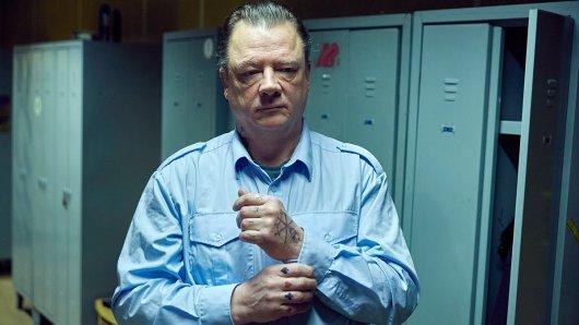 Peter Kurth als Ex-Knacki in Zwischen den Jahren (2017).