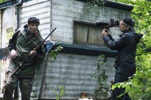 """Escape at Dannemora""-Regisseur Ben Stiller filmt seinen Star Benicio Del Toro."