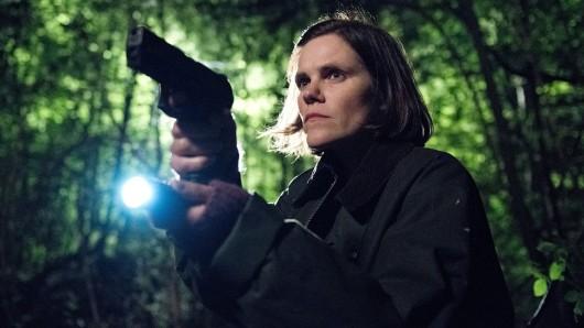 Kommissarin Maxxie Schweiger (Fritzi Haberlandt) muss gleich zwei Morde aufklären.