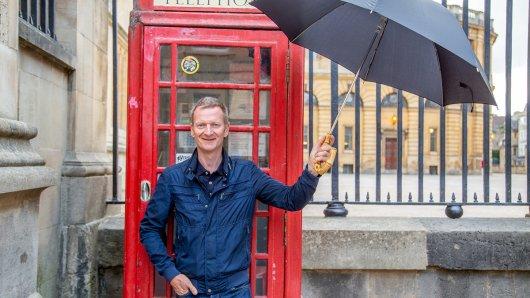 Typisch Britisch: Rote Telefonzelle und Regen in Oxford. Genauso hat sich Michael Kessler den Besuch beim Inselnachbarn vorgestellt.