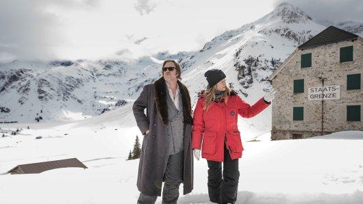 Sonnige Aussichten für Julia Jentsch und Nicholas Ofczarek: Die Sky-Serie Der Pass geht in eine 2. Staffel-Runde
