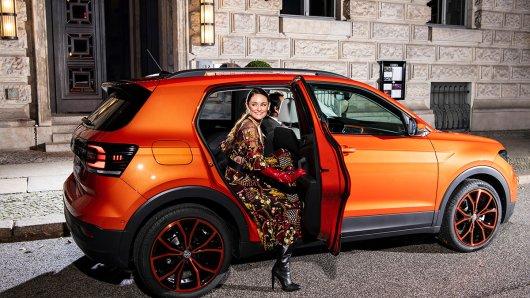 Lea van Acken mit dem neuen VW T-Cross.