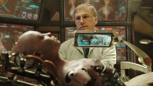 Christoph Waltz als Cyborg-Ingenieur Dr. Dyson Ido in der Sci-Fi-Zukunftsvision Alita: Battle Angel