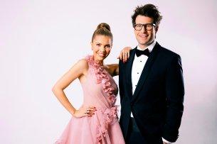 """Mit Stil in die Zukunft: Die """"Let's Dance""""-Moderatoren Victoria Swarowski und Daniel Hartwig dürfen sich auf eine 13. Staffel im RTL-Programm 2020 freuen."""
