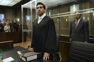 """Elyas M'Barek macht ernst: In """"Der Fall Collini"""" übernimmt der """"Fack ju Göhte""""-Star die Mordverteidigung von """"Django""""-Ikone Franco Nero."""