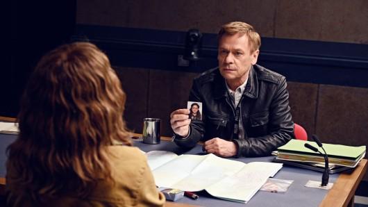 In den deutschen Episoden sind Nina Hoss und Sylvester Groth zu sehen.