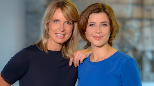 Die Moderatorinnen von Hier spricht Berlin: Jessy Wellmer (39) und Eva-Maria Lemke (37, r.).
