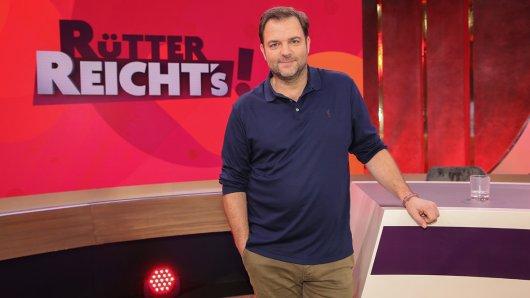 Martin Rütter ist Deutschlands Hundecoach Nummer 1 und als solcher ein absoluter Experte in Sachen Konsequenz und klare Regeln. Jetzt nimmt sich der bekannte Tierpsychologe einer weiteren Spezies an: den Paragraphenreitern.
