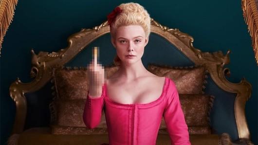 Elle Fanning als Katharina die Große in The Great.