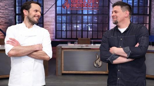 Steffen Henssler (l.) und Tim Mälzer treten im Koch-Kampf gegeneinander an.