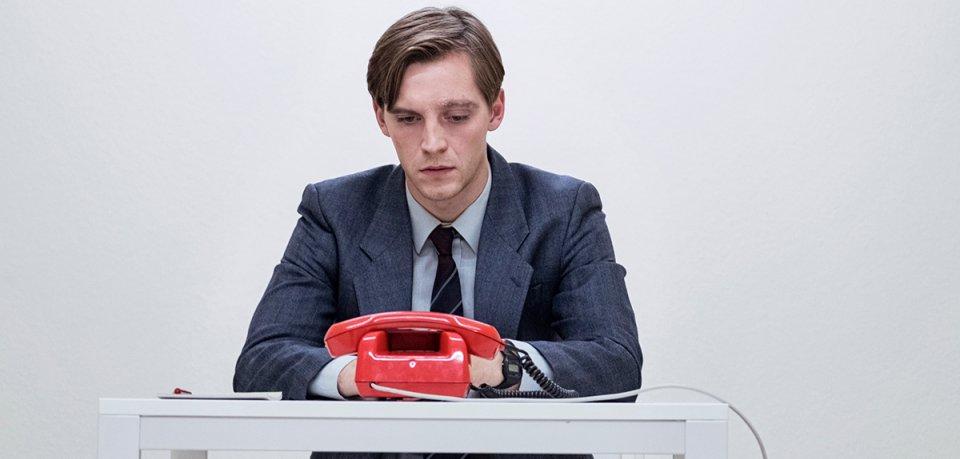 Martin (Jonas Nay) steht vor einer neuen Mission.