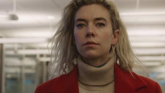 Martha (Vanessa Kirby) muss versuchen, mit einem schmerzhaften Verlust zu leben