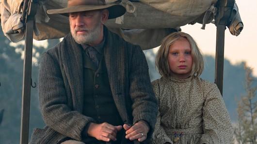 Altstar Tom Hanks mit Newcomerin Helena Zengel in Neues aus der Welt