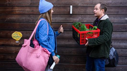 Schichtwechsel: Seitdem Julia (Bettina Lamprecht) und Robert (Matthias Koeberlin) nach dem Nesting-Prinzip leben, gleicht keine Woche der anderen.