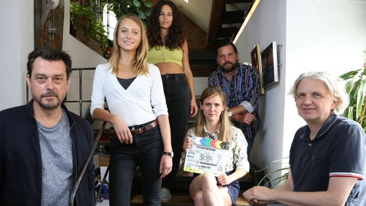 V. li. n. re.: Hary Prinz (Rolle Sascha Bergmann ), Anna Unterberger (Anni Ulmtaler), Anna F. (Rolle Alex(andra) Dorner), Sascha Gersak (Rolle Jack Riedl), Emily Cox (Rolle Jana Skoff) und Wolfgang Murnberger (Regie)