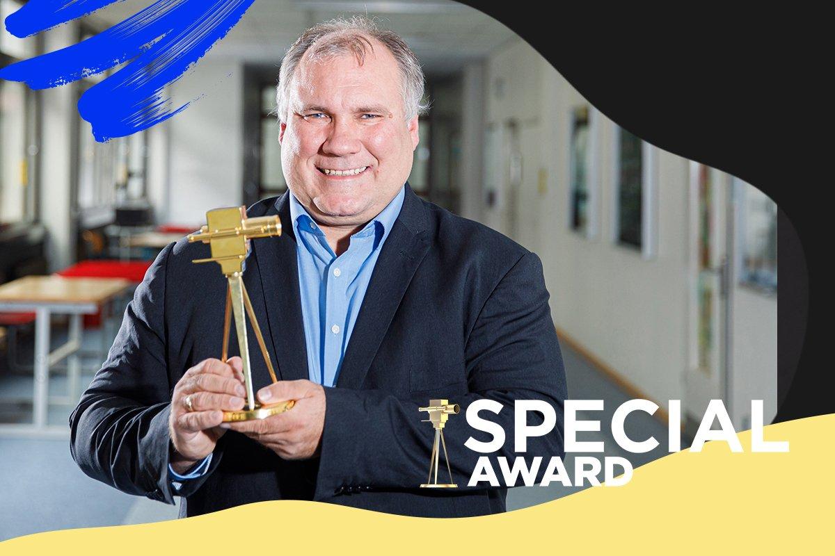 Für Dulsberg Late Night wurde Björn Lengwenus  mit dem Special Award ausgezeichnet.