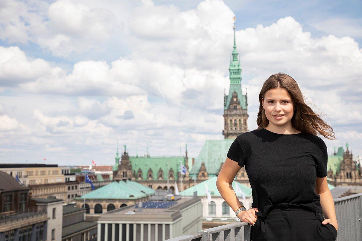 Luisa Neubauer beim Redaktionsbesuch in Hamburg