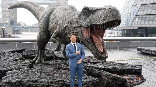 Der Schöne und das Biest: Chris Pratt mit Dino-Verstärkung bei der Europa-Premiere von Jurassic World: Das gefallene Königreich in London.