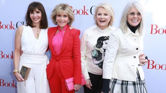 Die Golden Girls von Hollywood (v.l.n.r.): Mary Steenburgen (65), Jane Fonda (80), Candice Bergen (72) und Diane Keaton (72) auf der US-Premiere ihres neuen Films Book Club - Das Beste kommt noch