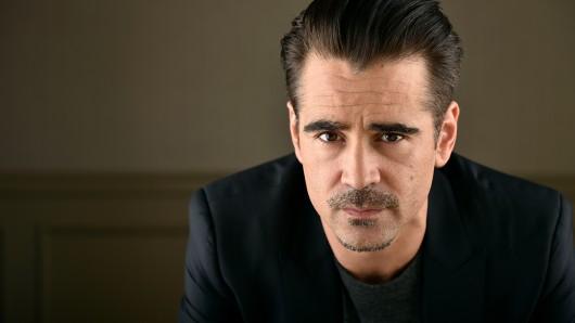 Colin Farrell spielt Oliver North, einen Ex-Agenten der CIA.
