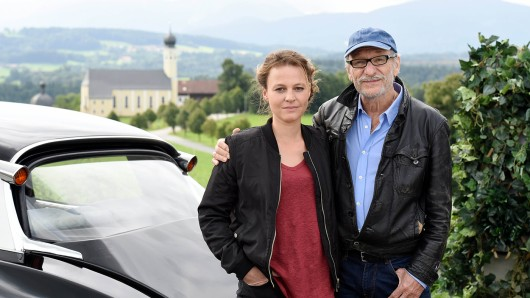 Maria Simon als Frieda Mirko und Franz Xaver Kroetz als Max Altmann.