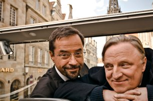 Boerne (Jan Josef Liefers, l) und Hauptkommissar Frank Thiel (Axel Prahl) ermitteln für den WDR am Tatort in Münster.