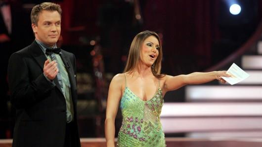 Gemeinsam mit Hape Kerkeling moderierte Nazan Eckes 2006 und 2007 Let's Dance bei RTL.