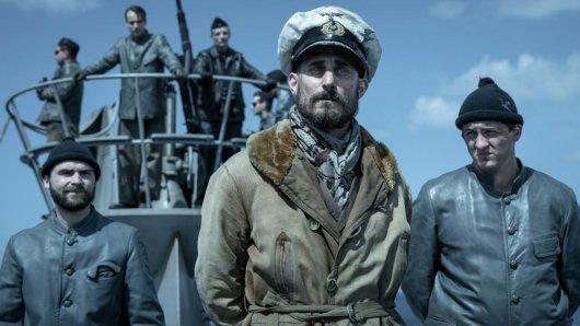 Neu in der 2. Das Boot-Staffel an Bord: Clemens Schick (2.v.r.) als neuer U-Boot-Kommandant Johannes von Reinhartz
