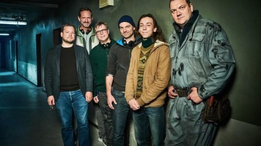 Die Hausen2-Crew von links nach rechts: Quirin Schmidt (Sky), Marcus Ammon (Sky), Marco Mehlitz (Lago Film), Thomas Stuber (Regisseur), Tristan Göbel, Charly Hübner.