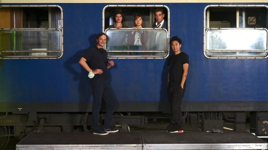 Ed Herzog (Regisseur), die Darstellerinnen Jördis Triebel und Hannah Schiller sowie Schauspieler Martin Feifel und Ngo The Chau (Bildgestaltung) (v.l.)