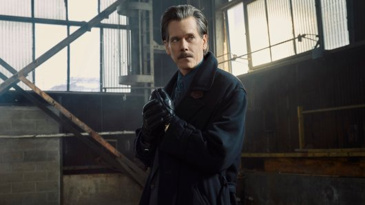 Kevin Bacon als halbseidener FBI-Agent Jackie Rohr in der Crime-Serie City on a Hill